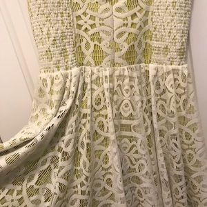 Lace Guess dress